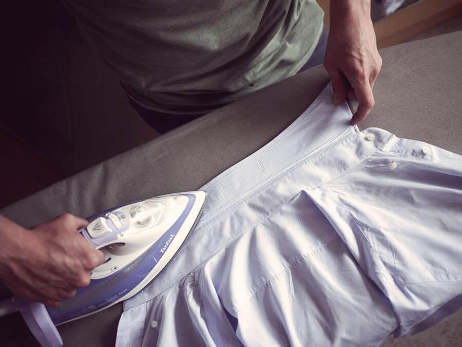 مرحله پنجم اتو زدن: اتو کردن یقه پیراهن